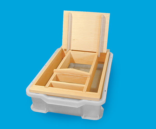 Extra plastic tray for uncapping board